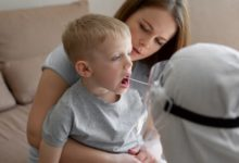 Photo of Prof. Szczeklik: szczepienia i przejście zakażenia chronią pozostałych członków rodziny przed COVID-19